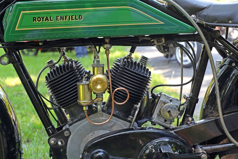 royal_enfield_5598.jpg